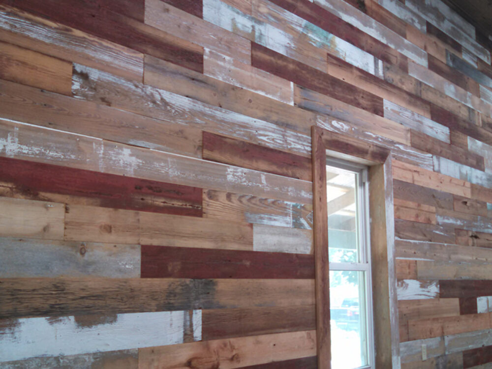 Weathered gray barn siding paneling antique beams boards for Barnwood panelling