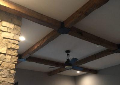 hand-hewn-beams-corbels-35